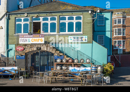 Harbour Lights Fish & Chips restaurant at Custom House Quay in Falmouth, Cornwall, UK. - Stock Photo