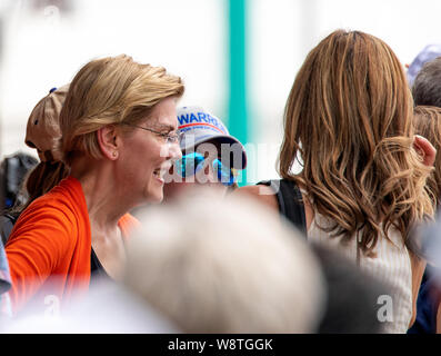 Des Moines, Iowa / USA - August 10 2019: United States Senator and Democratic presidential candidate Elizabeth Warren greets supporters and speaks to - Stock Photo