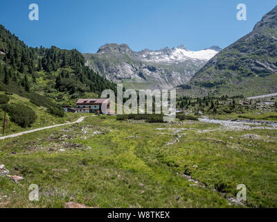 The Alpenrose hut mountain refuge in the Zemmgrund valley not far from the resort town of Mayrhofen in the Zillertal Alps of the Austrian Tirol - Stock Photo