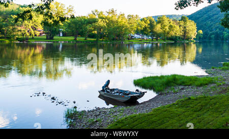 The Allegheny River at Althom, Pennsylvania, USA under a