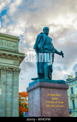 St Petersburg,Russia- October 3,2016.Monument to Field Marshal Prince Barclay de Tolly -Minister of War during Napoleon's invasion in 1812 on the back - Stock Photo