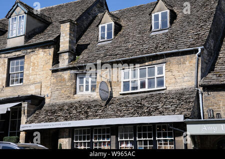 Huffkins, Renowned Bakery and Tea Rooms, High Street, Burford, Oxfordshire, - Stock Photo