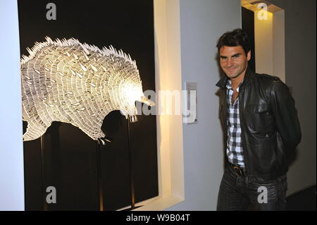Swiss tennis player Roger Federer is seen at Australian Pavilion at Expo park in Shanghai, China, October 10, 2010. - Stock Photo