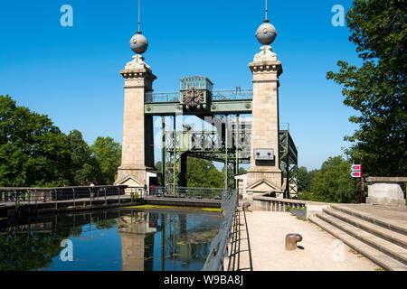 Deutschland, Ruhrgebiet, Kreis Recklinghausen, Henrichenburg, Altes Schiffshebewerk (Ansicht von Osten) - Stock Photo
