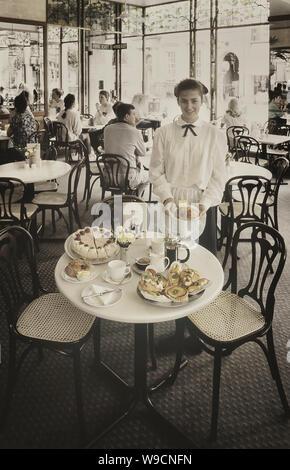 Bettys tea rooms, Harrogate, Yorkshire, England, UK - Stock Photo