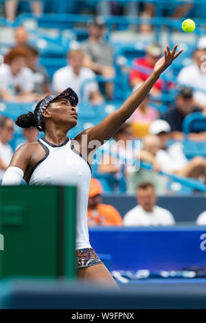 Mason, Ohio, USA. 13th Aug, 2019. Venus Williams (USA) serves during Tuesday's round of the Western and Southern Open at the Lindner Family Tennis Center, Mason, Oh. Credit: Scott Stuart/ZUMA Wire/Alamy Live News - Stock Photo