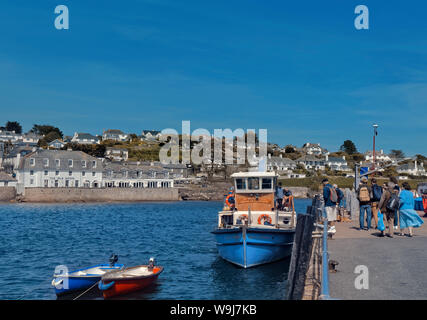 Embarkation on Queen of Falmouth ferry, St. Mawes, Cornwall - Stock Photo