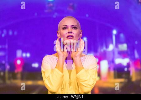 Edinburgh, UK. 14th Aug, 2019. Bestselling author, actress and activist Rose McGowan (Scream, The Doom Generation, TV hit show Charmed) will be making her debut at this year's Edinburgh Fringe with her new show Planet 9. Through music, storytelling, video art and performance Rose will create a new world of possibilities and invite audiences on a journey of discovery to Planet 9. Planet 9 premieres in Edinburgh on Thursday 15th August at 1pm and runs until 18 August Credit: Rich Dyson/Alamy Live News - Stock Photo