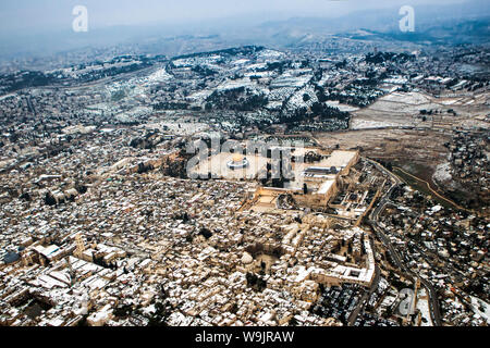 Aerial view of the Dome of the Rock, Temple Mount Old City, Jerusalem - Stock Photo
