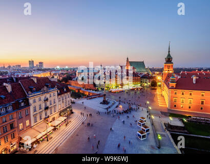 Elevated view of the Castle Square at twilight, Old Town, Warsaw, Masovian Voivodeship, Poland, Europe - Stock Photo