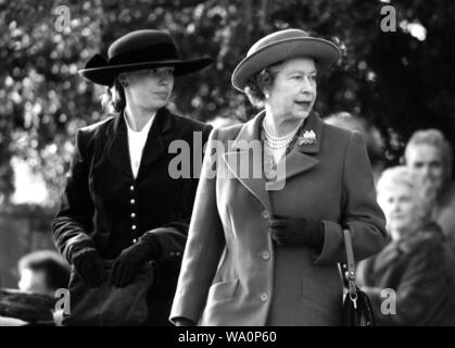 Queen Elizabeth II on a Cambridgeshire Visit - Stock Photo