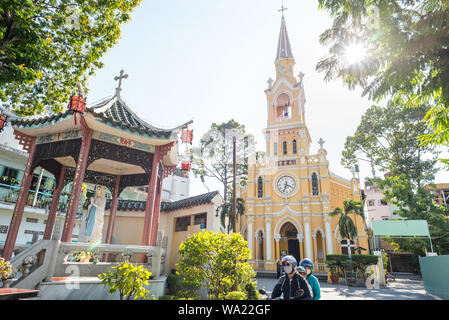Ho Chi Minh City, Vietnam: the exterior of Cha Tam Church (St. Francis Xavier Parish Church). A must-see of Cho Lon (Chinatown of Saigon). - Stock Photo