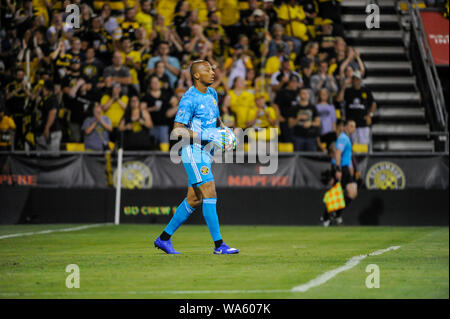 Saturday, August 17, 2019: Columbus Crew SC goalkeeper Eloy Room (1) the second half of the match between Toronto FC and Columbus Crew SC at MAPFRE Stadium, in Columbus OH. Mandatory Photo Credit: Dorn Byg/Cal Sport Media. Toronto FC 2 - Columbus Crew SC 2 at the end of the first half. - Stock Photo