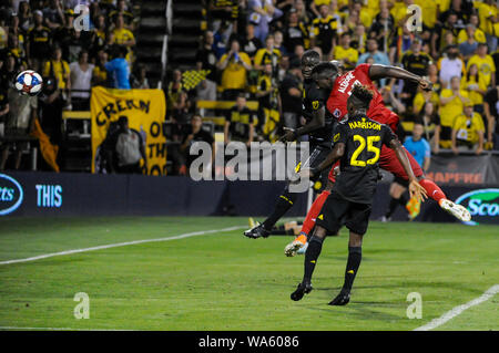 Saturday, August 17, 2019: Toronto FC forward Jozy Altidore (17) heads the ball in for a goal in the second half of the match between Toronto FC and Columbus Crew SC at MAPFRE Stadium, in Columbus OH. Mandatory Photo Credit: Dorn Byg/Cal Sport Media. Toronto FC 2 - Columbus Crew SC 2 at the end of the first half. - Stock Photo