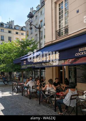 PARIS, FRANCE:  PARIS, FRANCE:  Terrasse Sainte Catherine cafe restaurant in Place du Marché Sainte-Catherine in the Marais District - Stock Photo
