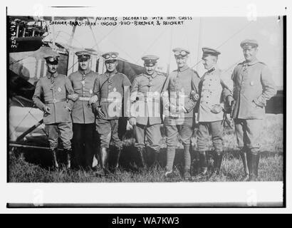 Aviators decorated with iron cross: Saenger -- Baas -- Hahn -- Ingold -- Hug -- Bremer -- Reichert - Stock Photo