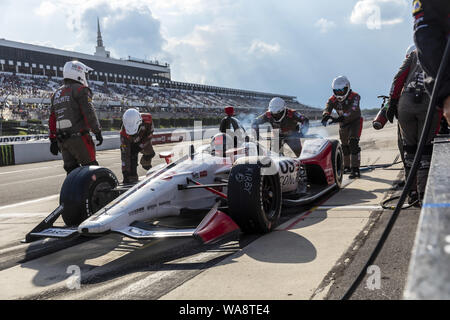 Long Pond, Pennsylvania, USA. 18th Aug, 2019. MARCO Andretti (98) of the United States brings his car in for service during the ABC Supply 500 at Pocono Raceway in Long Pond Pennsylvania. (Credit Image: © Colin J Mayr Grindstone Media/ASP) - Stock Photo
