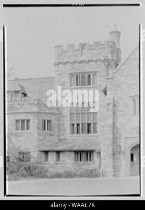 Clarence McK. Lewis, Skylands Farm, residence in Sterlington, New York. - Stock Photo