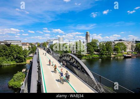 Muelheim an der Ruhr, Ruhr area, North Rhine-Westphalia, Germany - Bicycle highway, Ruhr RS1 express way, leads in Muelheim on a former railway bridge