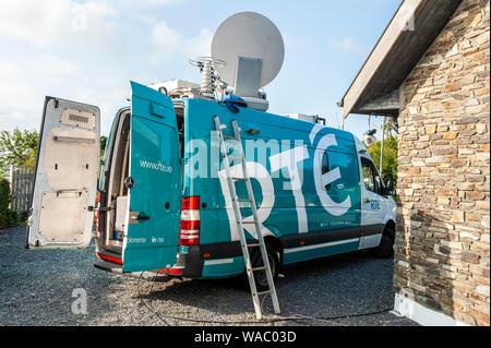 RTE Outside Satellite Broadcast van on location in Schull, West Cork, Ireland. - Stock Photo