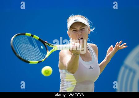 Caroline Wozniacki of Denmark playing single handed forehand against Alize Cornet of France at Aegon International 2016, Eastbourne, England - Sunday, - Stock Photo