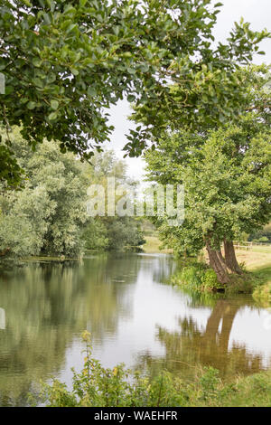 The River Stour between Dedham and Flatford Mill, Suffolk, England, UK - Stock Photo