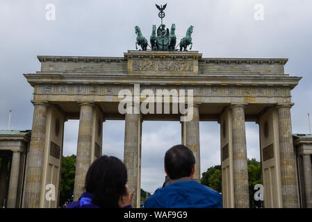 Berlin, Germany. 16th Aug, 2019. Tourists at the Brandenburg Gate in Berlin. Credit: Omar Marques/SOPA Images/ZUMA Wire/Alamy Live News - Stock Photo