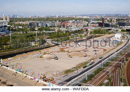 Construction work on the East Bank cultural and education quarter within the Olympic Park: Stratford, London. - Stock Photo