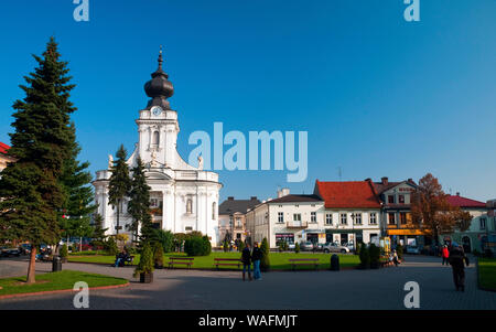 Wadowice, town in Souther Poland, 50km from Cracow, the birthplace of pope John Paul II. Virgin Mary's Offertory minor basilica at the market square. at right: faimly house of the pope Lesser Poland Province, 2009 phot. Radek Jaworski/FORUM - Stock Photo