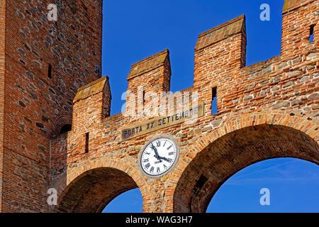 Stadtmauer, Stadttor, Porta XX Settembre, Montagnana Italien (Italia), 30076722 - Stock Photo