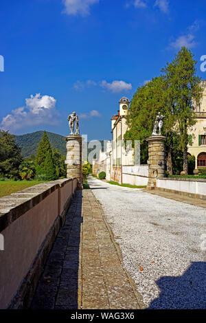 Schloss, Castello del Catajo, Park, Battaglia Terme Italien (Italia), 30076917 - Stock Photo