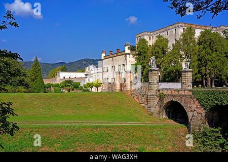 Brücke, Schloss, Castello del Catajo, Park, Kanal, Canale Battaglia, Battaglia Terme Italien (Italia), 30076924 - Stock Photo