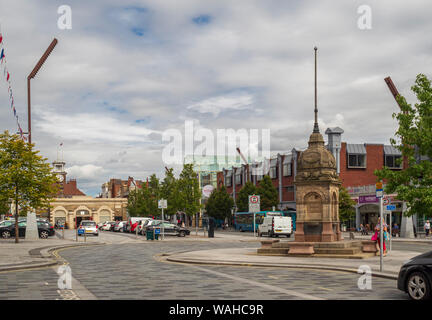 Dodshon's Fountain and Shambles Market Hall, High Street, Stockton-on-Tees, County Durham, UK. - Stock Photo
