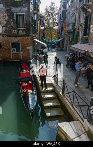 A gondola on the Rio del Megio canal at the Calle Largo Rosa, from the Ponte del Megio bridge, Venice, Italy - Stock Photo