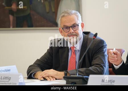 Hanover, Germany. 22nd Aug, 2019. Frank Lüttig, Attorney General in Celle, takes part in a discussion on right-wing extremism in the Landtag. Credit: Ole Spata/dpa/Alamy Live News - Stock Photo