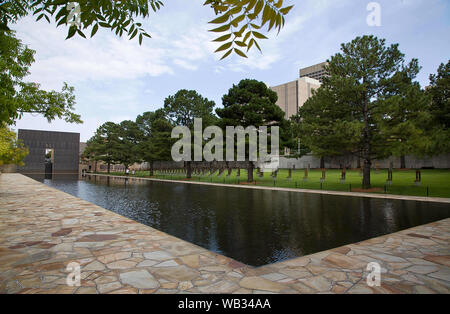 Oklahoma City, Oklahoma, USA. 22nd Aug, 2019. Aug 22, 2019, Oklahoma City, Oklahoma, The Oklahoma City National Memorial opened February 19, 2001 and honors the victims, survivors, and those affected by the Oklahoma City bombing on April 19, 1995. The memorial is located in downtown Oklahoma City on the former site of the Alfred P. Murrah Federal Building, which was destroyed in the 1995 bombing which occurred at 9:02 a.m. Credit: Ralph Lauer/ZUMA Wire/Alamy Live News - Stock Photo