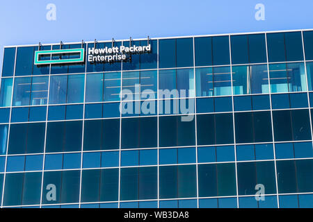 August 13, 2019 San Jose / CA / USA - The new Hewlett Packard Enterprise (HPE) corporate headquarters located in Silicon Valley; HPE is an American mu - Stock Photo