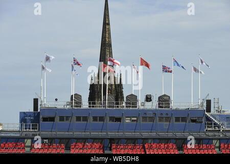 Edinburgh Scotland's capital city a popular city to visit in the summer - Stock Photo
