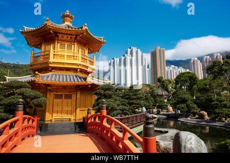 Pavilion of Absolute Perfection and Wu Bridge in Nan Lian Garden, Chinese Classical Garden. Diamond Hill, Kowloon, Hong Kong, China.