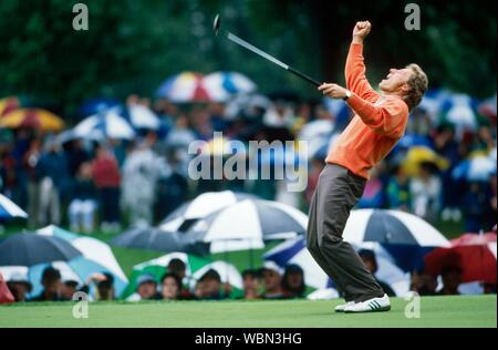 31st Ryder Cup 1995 - 22nd-24th September. Oak Hill Country Club, Rochester, New York, USA. Bernhard Langer of Germany celebrating birdie putt at 9th - Stock Photo