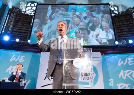 London, Britain. 27th Aug, 2019. Brexit Party leader Nigel Farage makes a speech in London, Britain, on Aug. 27, 2019. Nigel Farage said the newly formed Brexit Party plans to contest all 650 parliamentary seats in a general election. Farage, who co-founded the anti-EU UKIP party, said the new Brexit party would be prepared to form a non-aggression pact with the Conservatives if Prime Minister Johnson pursues a no-deal Brexit. Credit: Ray Tang/Xinhua Credit: Xinhua/Alamy Live News - Stock Photo