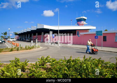 Traveller at Flamingo Airport, Bonaire International Airport, Kralendijk, Bonaire, Netherland Antilles - Stock Photo