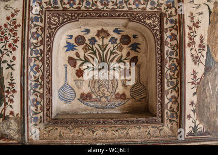 Beautifully delicate pietra dura (Coloured stone imlay) inside the Itimad-ud-Daulah Tomb (Baby Taj), Agra, Uttar Pradesh, India, Central Asia - Stock Photo