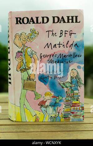 Roald Dahl The BFG, Matilda and Georges Marvellous Medicine compendium book of classic childrens literature. - Stock Photo