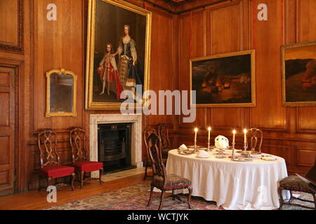 Queen's Private Dining Room, Hampton Court Palace, East Molesey, Surrey, England, Great Britain, United Kingdom, UK, Europe - Stock Photo