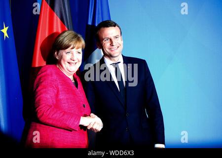 BKin Angela Merkel, Emmanuel Macron - Treffen der dt. Bundeskanzlerin mit den neuen franzoesischen Staatspraesidenten, Bundeskanzleramt, 15. Mai 2017, - Stock Photo