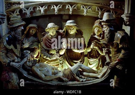 NOTRE DAME LA GRANDE POITIERS FRANCE - ENTOMBMENT REALISED BY UNKNOWN ARTIST 1555 - POLYCHROMY STATUE  - ROMANESQUE CHURCH - MISE AU TOMBEAU À NOTRE-DAME-LA-GRANDE POITIERS - SILVER IMAGE © Frédéric BEAUMONT - Stock Photo