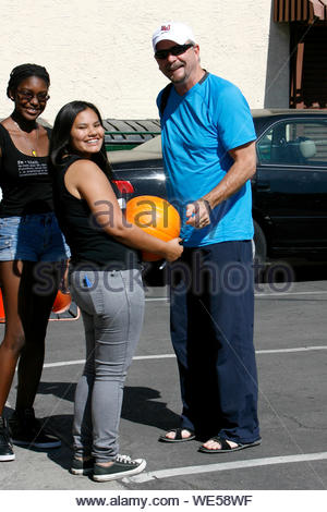 Hollywood, CA - Bill Engvall gets ready to rehearse for 'Dancing With The Stars'. AKM-GSI October 17, 2013 - Stock Photo