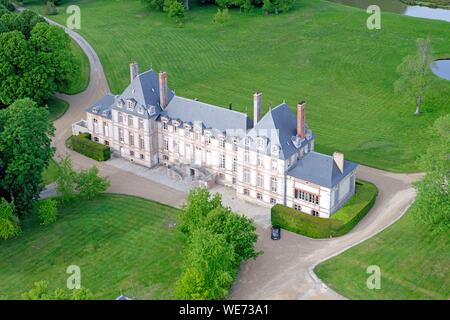 France, Essonne, Saint Cyr sous Dourdan, Castle of Bandeville (aerial view) - Stock Photo
