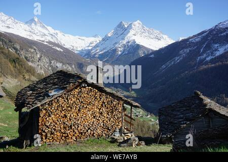 Switzerland, Valais Canton, Val d'Herens, Village of Evolene, Volovron - Stock Photo